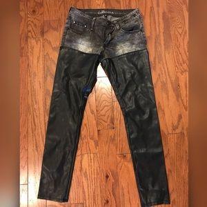 Juniors Dollhouse half and half pants